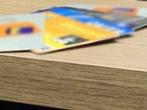 Quase metade das dívidas dos catarinenses é com cartão de crédito  (Foto: Géssica Valentini/G1)