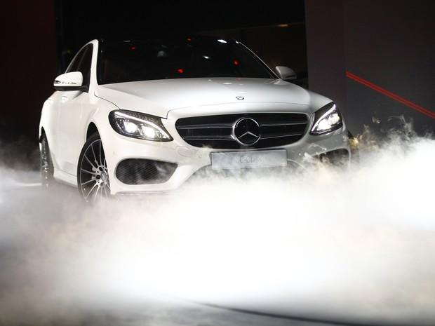 (W205): Mercedes-Benz promete Classe C brasileiro igual ao alemão Tag-reuters