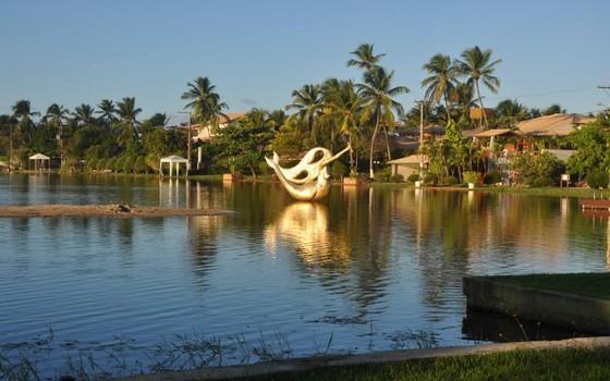 O condomínio Parque Interlagos, em Camaçari, a 30 quilômetros de Salvador (Foto: reprodução/facebook)
