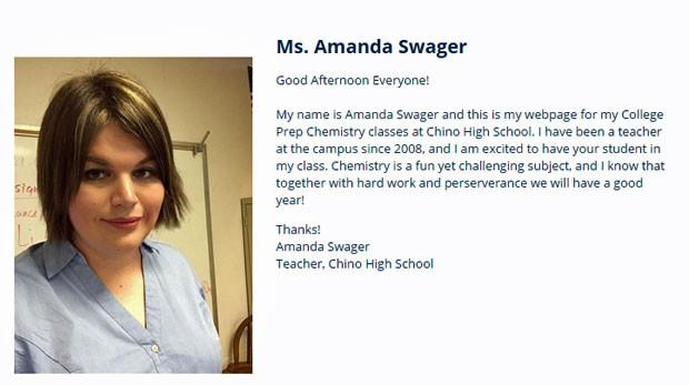 No site da escola em que trabalha, o perfil de Amanda foi atualizado após ela se assumir como mulher (Foto: Reproução/Chino High School)