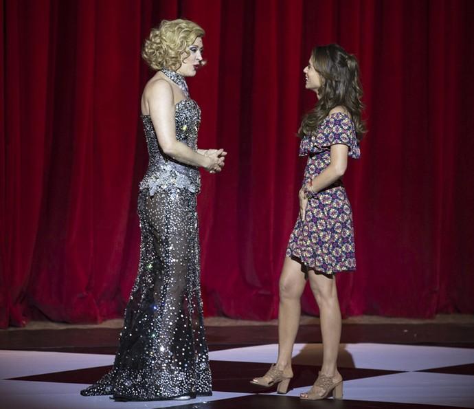 Claudia Raia fica comovida com a ingenuidade de Tancinha (Foto: Isabella Pinheiro/Gshow)