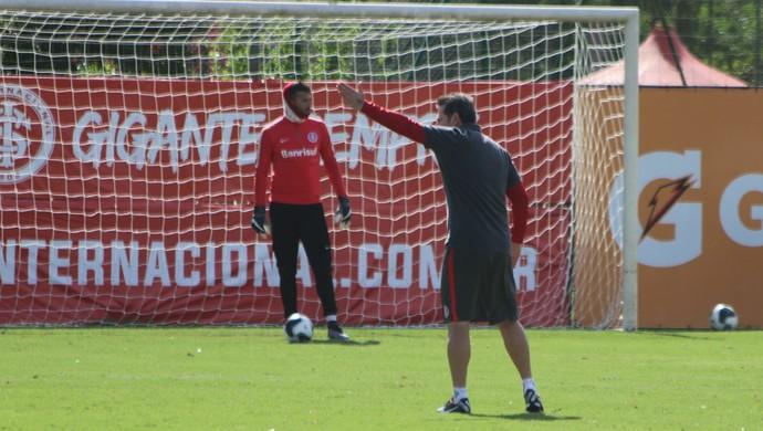 Inter, treino, Argel, técnico, Alisson, goleiro (Foto: Tomás Hammes/GloboEsporte.com)