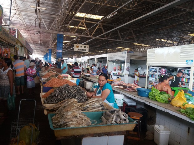 Movimento no Mercado da Produção de Maceió (Foto: Suely Melo/ G1)