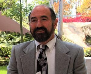 O professor Larry Rosen (Foto: BBC/Arquivo pessoal)