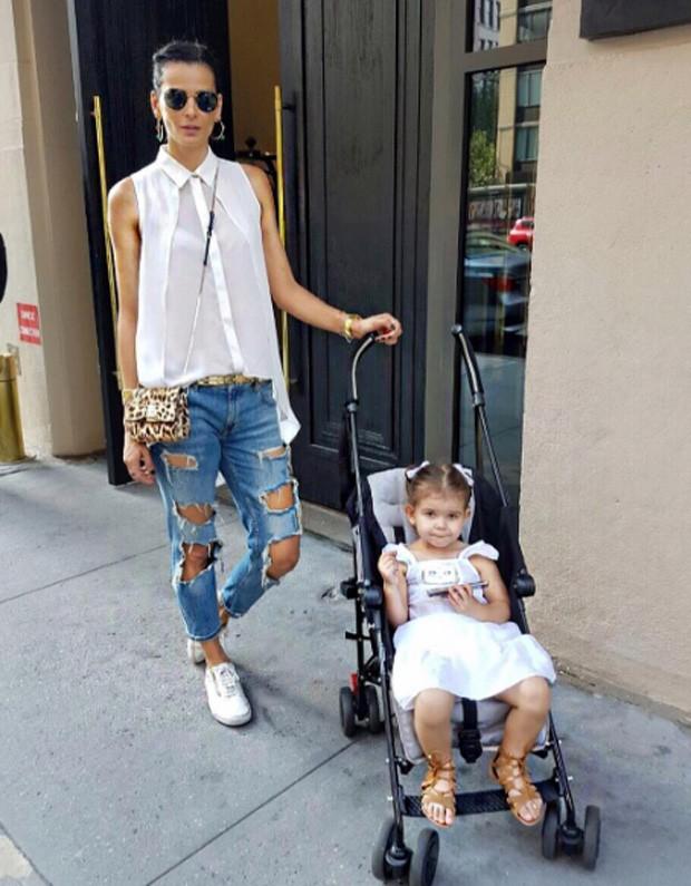 Fernanda Motta e a filha, Chloe (Foto: Reprodução)