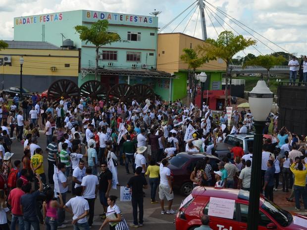 Manifestações Telexfree no Acre (Foto: Tácita Muniz/G1)