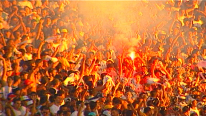 Um público de 44.268 torcedores ocuparam as arquibancadas do Almeidão (Foto: Reprodução / TV Cabo Branco)