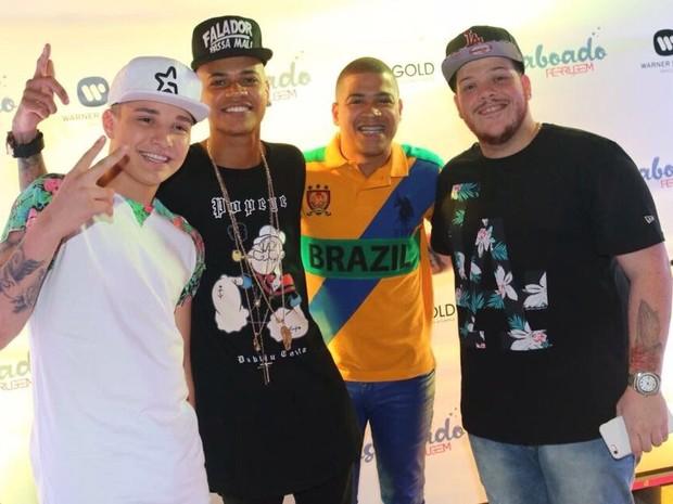 MC Gui, MC Duduzinho, Timotinho e Ferrugem antes do incidente em boate na Zona Oeste do Rio (Foto: Divulgação)