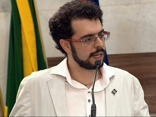 Secretário de Saúde de Pouso Alegre prestou esclarecimentos à Câmara (Foto: Reprodução EPTV)