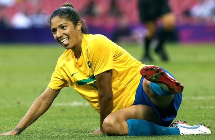 Cristiane comemora gol do Brasil contra Camarões (Foto: Reuters)