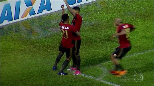 Sport goleia Atlético-GO e sobe para quinto lugar no Brasileirão