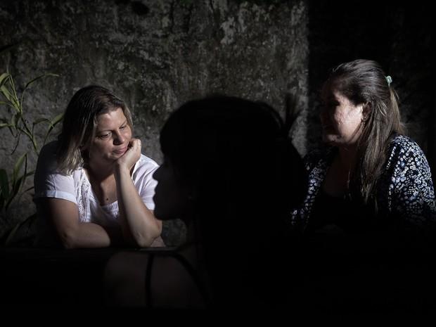 Sob orientação de psicólogos, pessoas com transtorno do estresse pós-traumático começam a superar traumas (Foto: Caio Kenji/ G1)