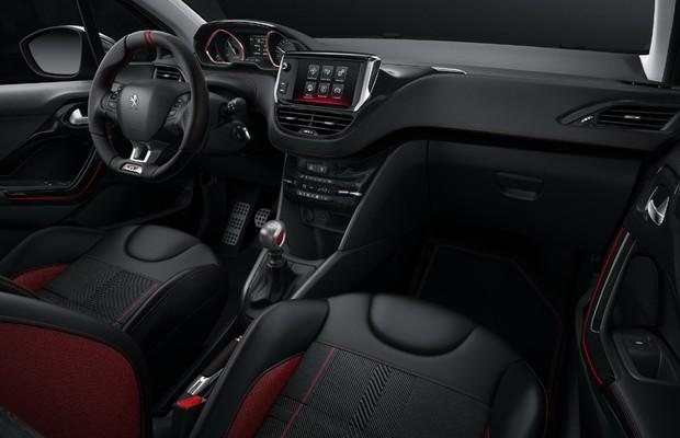 Peugeot 208 GTi (Foto: Divulgação)