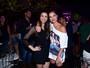 Andressa Suita vai com a irmã a show de Gusttavo Lima