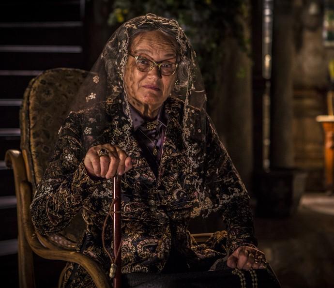 Encarnação terá 100 anos na segunda fase da novela (Foto: Inácio Moraes/ Gshow)