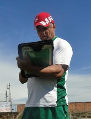 márcio pereira técnico nacional atlético clube muriaé 2014 (Foto: Carlos Júnior Garcia/Clube do Esporte DF)