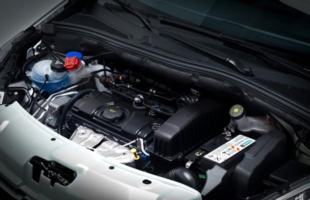 Motor 1.2 do Peugeot 208 2017 (Foto: Divulgação)