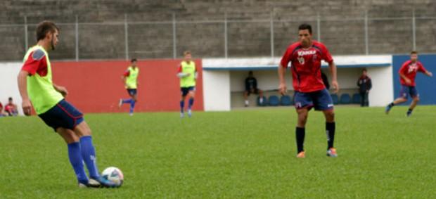 Paraná Clube jogo-treino Vila Olímpica (Foto: Divulgação / Site oficial do Paraná Clube)