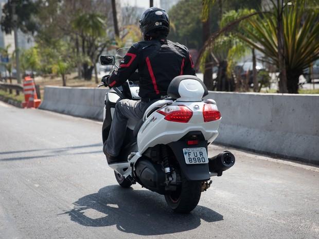 Dafra Maxsym 400i (Foto: Fábio Tito / G1)