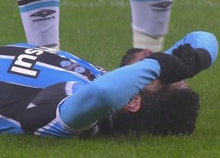 Grêmio x Cruzeiro, Arena, Brasileirão, Wallace, lesão (Foto: Reprodução / Premiere)