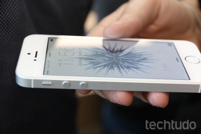 iPhone Se é um top de linha numa tela pequena (Foto: Thássius Veloso/TechTudo) (Foto: iPhone Se é um top de linha numa tela pequena (Foto: Thássius Veloso/TechTudo))