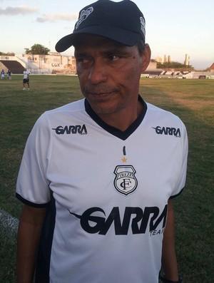 Everton Goiano, técnico do Treze (Foto: João Brandão Neto / GloboEsporte.com)