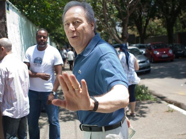 O ministro do Supremo Tribunal Federal (STF), Ricardo Lewandowski, vota no Colégio Mário de Andrade, no Brooklin, em São Paulo (Foto:  Mastrangelo Reino/Folhapress)