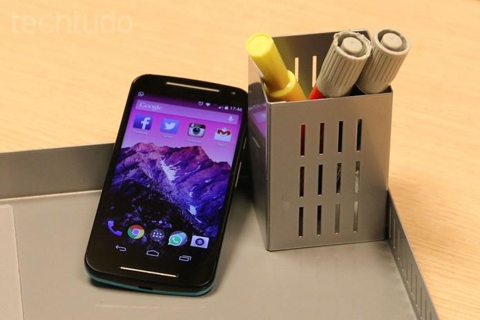 Noto Moto G tem processador quad-core e duas câmeras (Foto: Isadora Díaz/TechTudo)