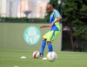 Maurício Ramos treina no Palmeiras (Foto: Anderson Rodrigues / Globoesporte.com)
