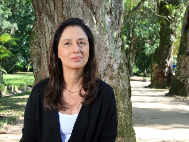 Ana Lontra Jobim, que gravou seu depoimento para o documentário no Jardim Boitânico, na Zona Sul do Rio (Foto: Ivelise Ferreira/Divulgação)