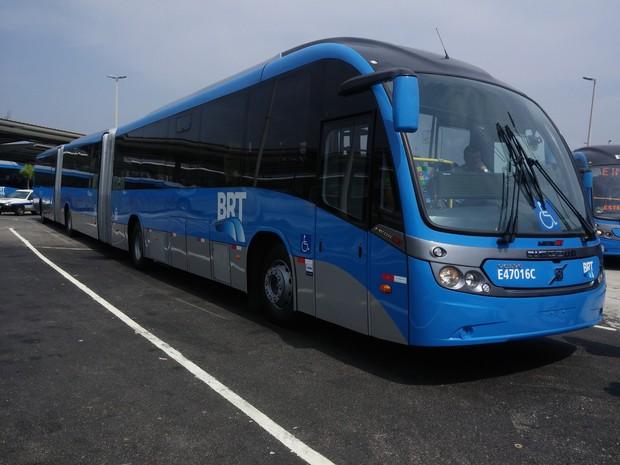 Ônibus biarticulado começa a operar na segunda-feira (Foto: Divulgação/ Secretaria Municipal de Transportes)