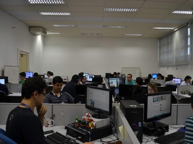 Em laboratórios do Inatel, funcionam empresas que prestam consultorias em todas as partes do mundo (Foto: Daniela Ayres/ G1)