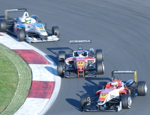 Pipo Derani Rafaelle Marciello Fórmula 3 Europeia (Foto: Stella-Maria Thomas / divulgação)