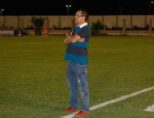 Francisco Diá, treinador do Campinense (Foto: Iago Bruno / GloboEsporte.com/pb)