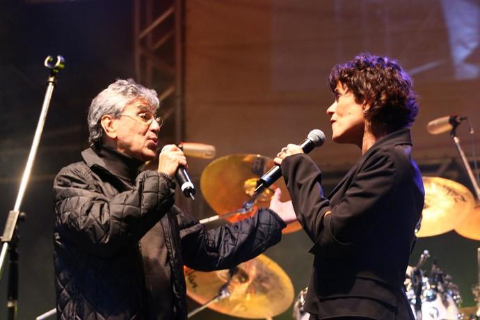 Caetano Veloso canta Zélia Duncan em show de Os Mutantes no João Rock em 2007 (Foto: Arquivo Bananas Eventos)