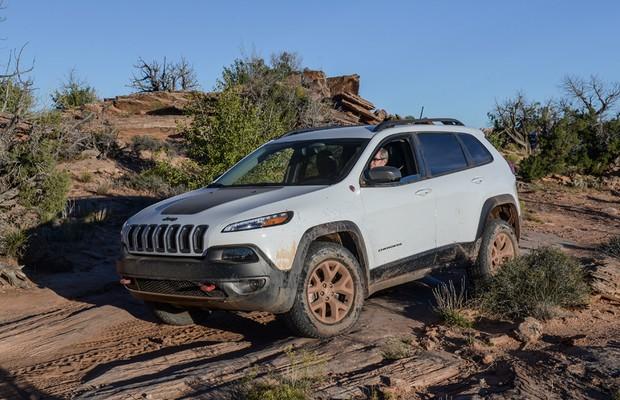 Andamos no Jeep Cherokee Trailhawk