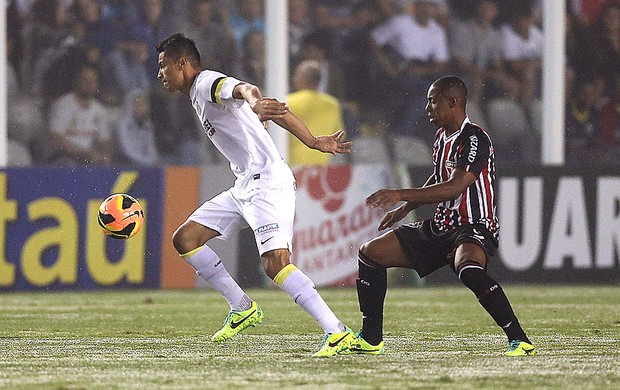 Cícero jogo Santos e São Paulo (Foto: Lucas Baptista / Futura Press)