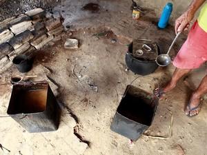 Com exceção de quinta-feira, trabalhadores comiam apenas arroz e feijão (Foto: PRF/Divulgação)