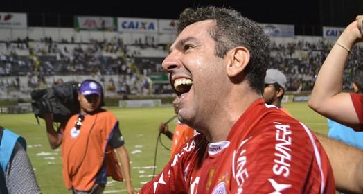 sou do povo! (Jocaff Souza/GloboEsporte.com)