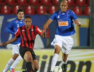 Alex Silva Cruzeiro x Atlético-PR (Foto: Washington Alves / VIPCOMM)