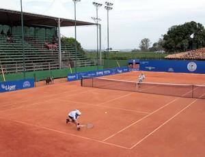 Quadra pirncipal Aberto de tênis de Rio Preto 2013 (Foto: Ricardo Boni)