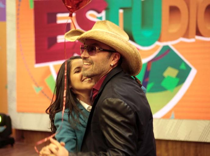 Marcus surpreendeu Roberta com um pedido de casamento durante um passeio de balão (Foto: Fernando Tremba/RPC)