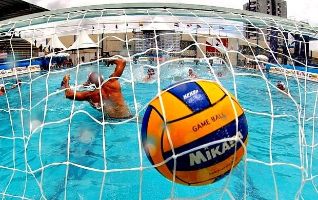 Ivan Júnior pré-convocado para a seleção brasileira de polo aquático=05-04-2012 (Foto: Satiro Sodré/Agência Agif)