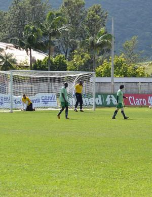 Caldense fez último treinamento antes de partida no Estádio Ronaldão nesta sexta-feira (Foto: Filipe Martins)