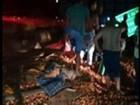 Caminhão carregado de tomate capota em rodovia de Riolândia