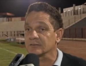 Biro Biro ex-treinador do Sinop (Foto: Reprodução/TVCA)