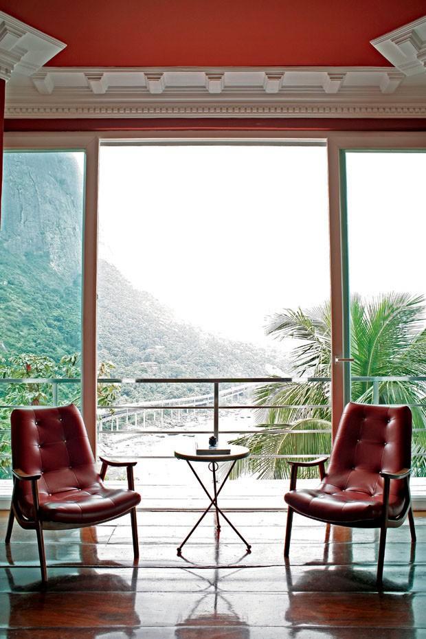 Ambiente com vista espetacular no hotel La Suite, em Joatinga (Foto: divulgação)