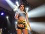 Anitta se fantasia de lutadora de muay thai para show no Rio