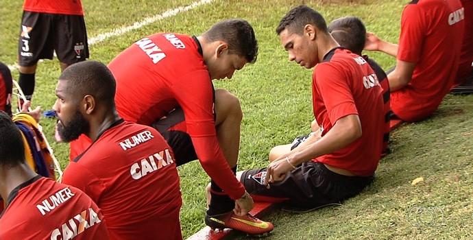 Luiz Fernando, meia do Atlético-GO (Foto: Reprodução/TV Anhanguera)