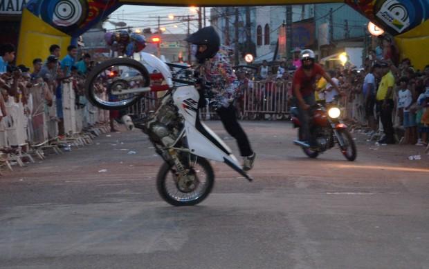 manobras na corrida Seis de Agosto (Foto: Nathacha Albuquerque/GE)